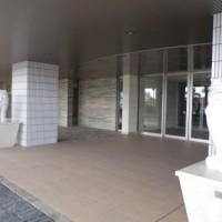 URTORE-entrance1
