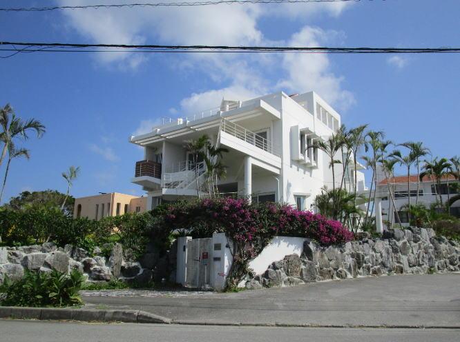 沖縄の海が見える高級別荘